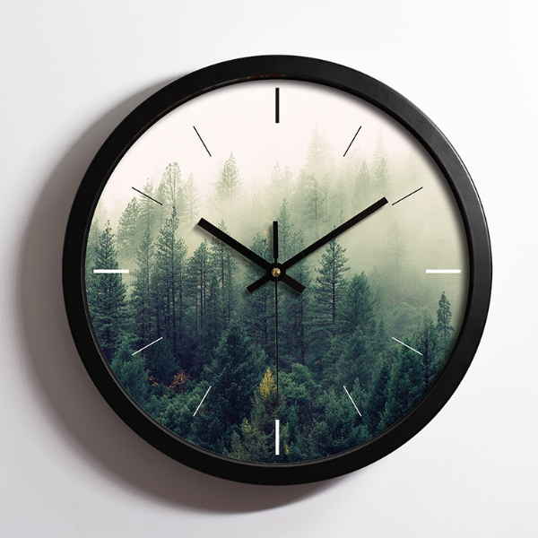 Antique Round Plastic Wall Clock for Home Decoration