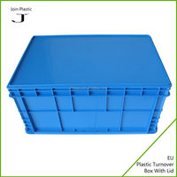 Stackable thin rectangular clear plastic boxes