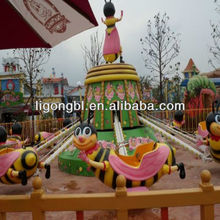 Dancing Bee Theme Park Decorations