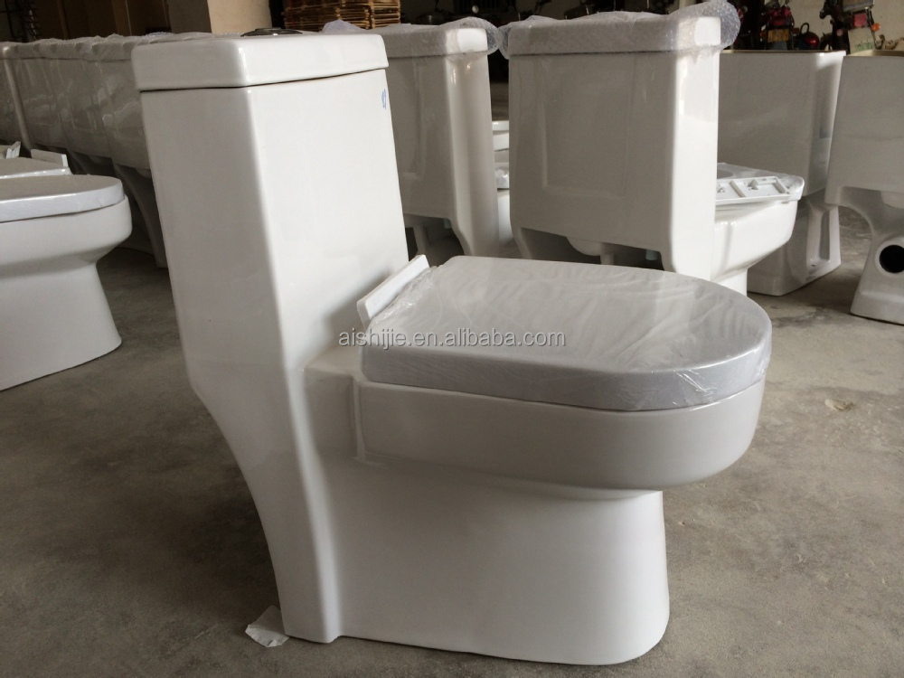 A3104 Hot Design One Piece Toilet Water Saving Toilet