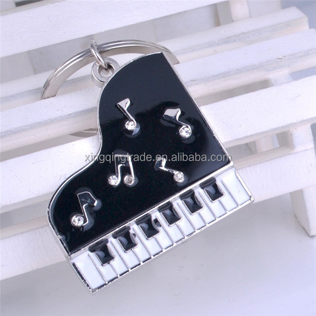 Music novelty items gifts piano keychain metal car key chain pendant