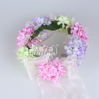 Factory supplier big stock artificial flower wreath,unique promotional silk flower wreath for weddding