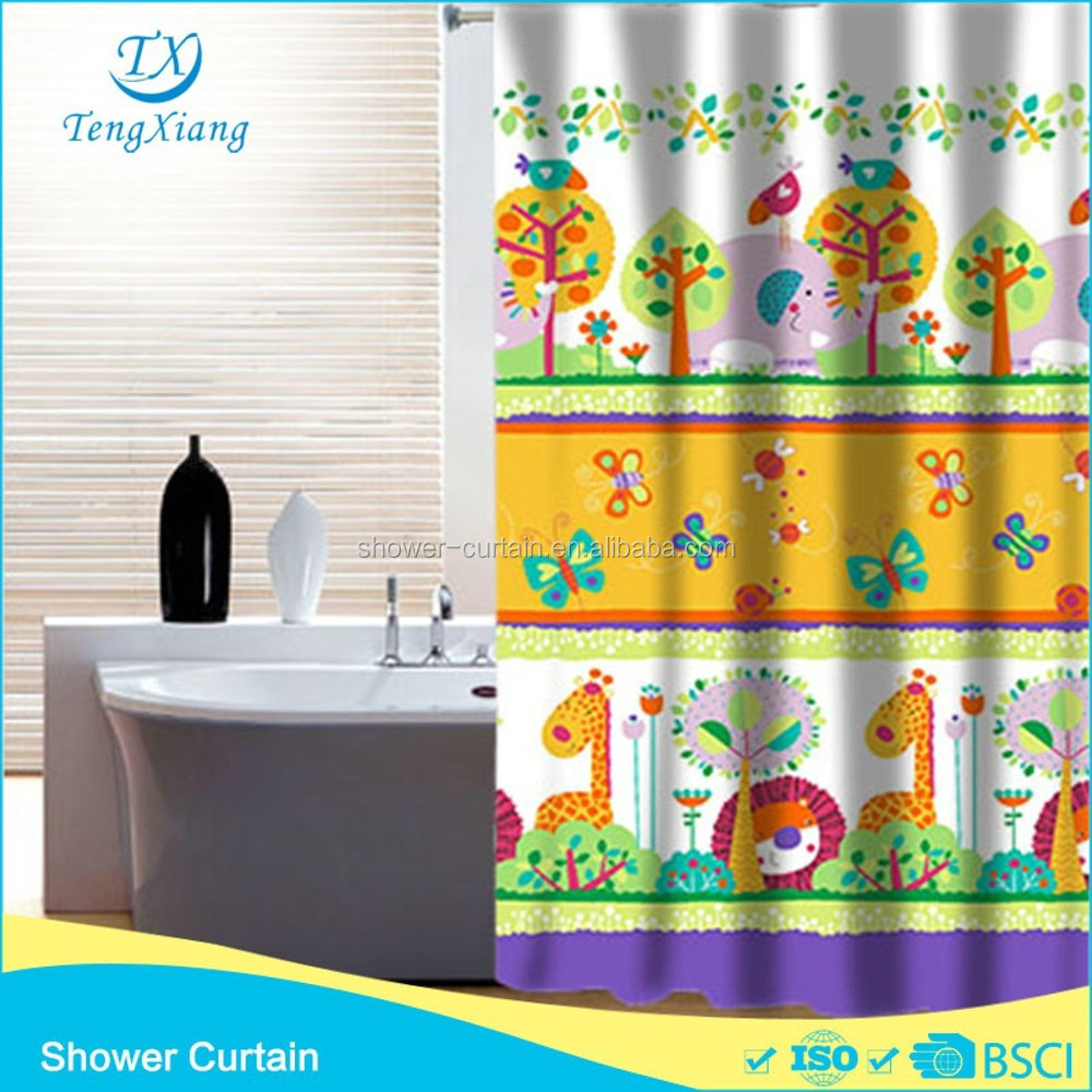 Printed World of Animals Hookless Bath Curtain Fabric180*180