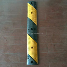 durable reflective rubber speed hump, road safety products rubber speed bump, high strength rubber speed bump speed hump
