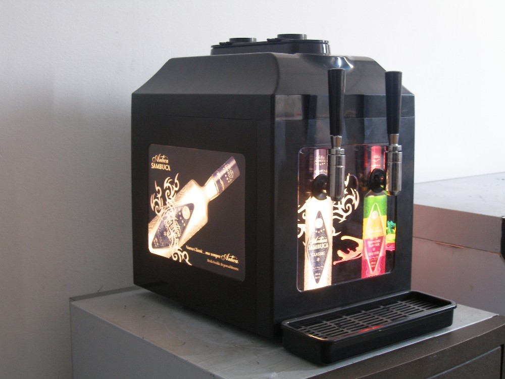 2 bottle dispenser machine with two tap can cooling two different wine
