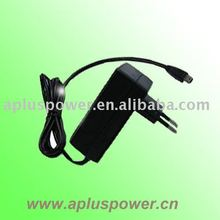 Medical AC/DC adapter with charger/discharger function