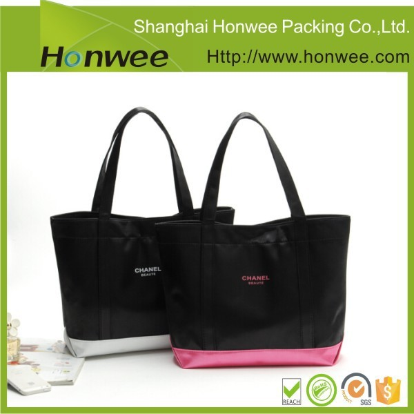 hot sale high quality wooden handle pet luxury shopping bag