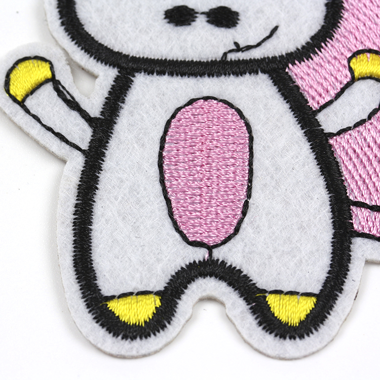 Wholesale sew on chenille embroidered applique custom patch for kids