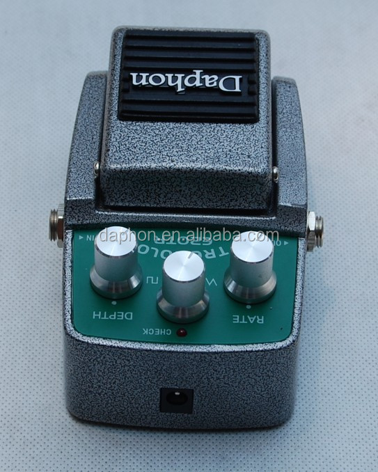 Wonderful sound Tremolo Effects Pedal for Electric guitar