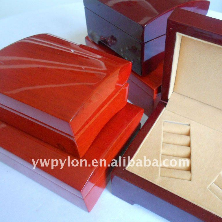 WO-18 wooden jewelry cases