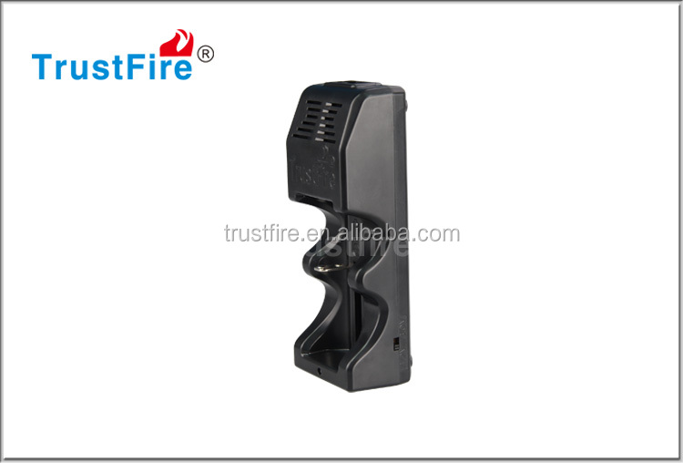 TrustFire high quality battery charger TR-005 li-ion battery charger 18650/26650 universal plug charger with one slot