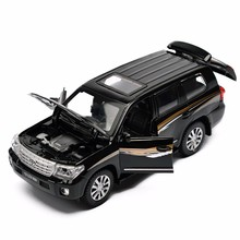 Land Cruiser DieCast model car kit 1:32