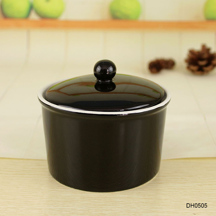 Factory wholesale New ideas novelty black ceramic casserole stew pot with lid