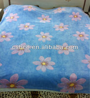 Polyester Nice Glue Printed Coral Fleece Blanket with good hand feeling