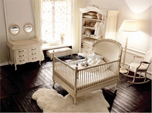 Victoria Style Carved Wooden Baby Crib, Ornate Design Children Bedroom Furniture Set, Noble Furniture Child/Kid's Bed Set
