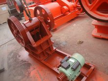 High efficient 300x200 mining jaw crusher /iron/ copper/ rock crushing machine with good performance