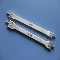 Dental Stainless Steel Orthodontic pole like brackets position