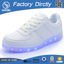 Fashion style rechargeable 8 flashing mold shoes with led lights adult