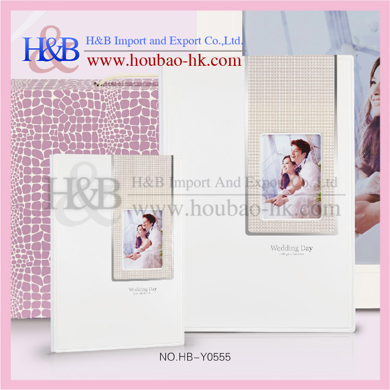 Beautiful look photo album with suitcase diamound photo album