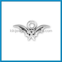 fashion alloy antique silver vampire bat charm