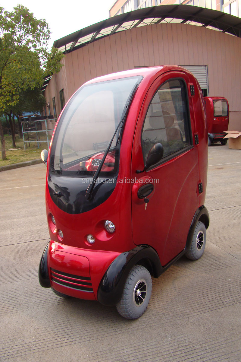 2015 New Design 1400w Fully Enclosed Mobility Scooter