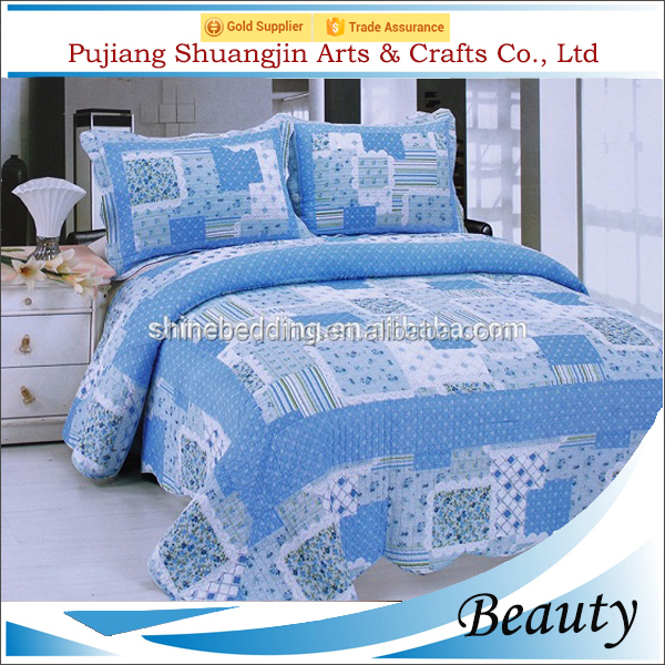 Queen size blue color patchwork fabric plaid printed polyester velvet bedspread