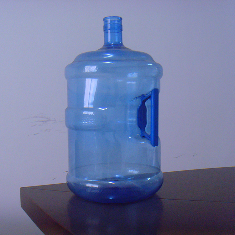 Hot selling 5 gallon PET water bottle with handle
