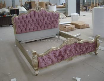 OEM Europe beds wholesale luxury furniture hand carved wood super king size bed frame XYN859