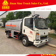 sinotruck howo 4x2 fuel tanker truck with capacity 5000 liters