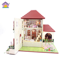 Wholesale with light and furniture DIY dolls house kids toys canada
