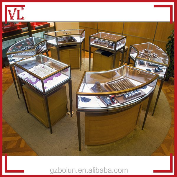 Luxurious Round Retail Glass Jewelry Display Table