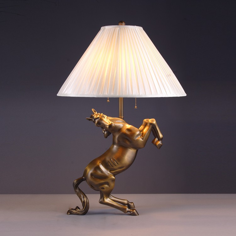 Contemporary Horse Shape Living Room Table Lamp For Sale