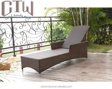CTW Outdoor rattan beach chairs/ sunbed/ lounger/daybed,SGS PE rattan