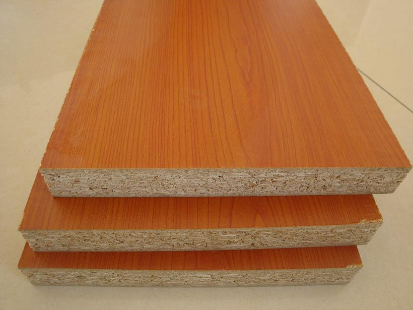 Melamine Particle Board Thickness: 9-30mm Raw material: wood chips, offcuts Glue:E1/E2/CARB