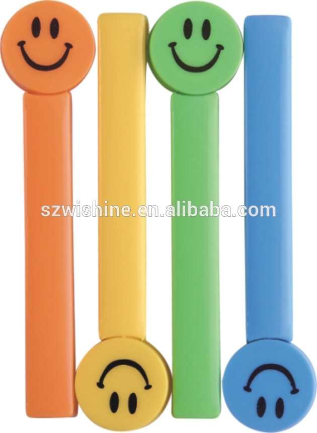 hot sale plastic clip strip for bags locking