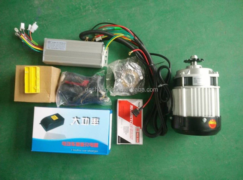 tricycles autos motor/pedal rickshaw spare parts/bajaj three wheeler accessories