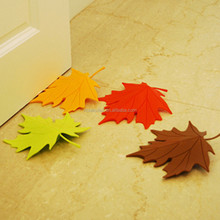 J177 Creative maple leaf shape door stop