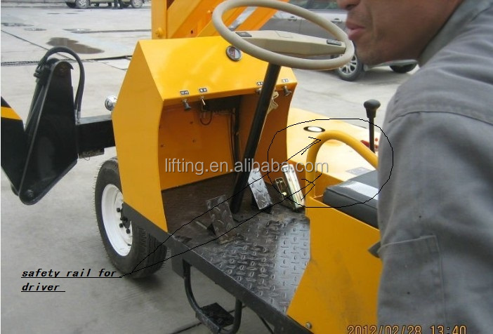 mobile trailer towable spider boom lift/Mobile articulated boom lift price
