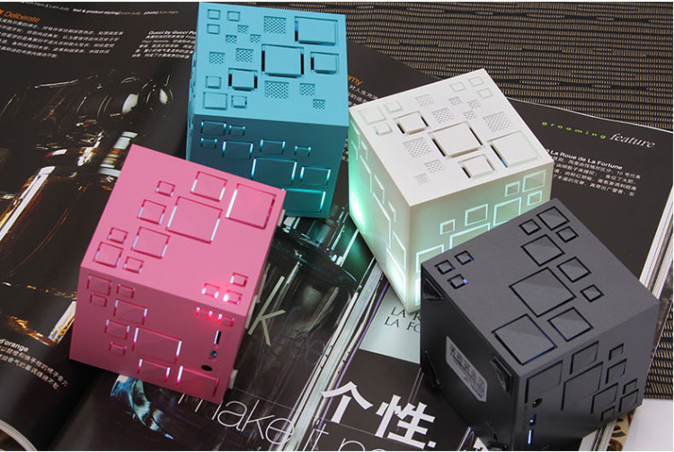 2016 New Upgraded <strong>Q</strong>+ LED Magic Cube Square Mini Bass Colorful Portable Wireless Stereo Bluetooth <strong>Q</strong> one speaker with FM/TF/AUX