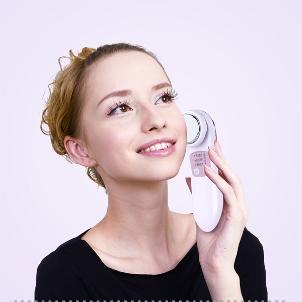 Factory offer 3 in 1 multifunctional ion facial deep cleansing handheld beauty health device