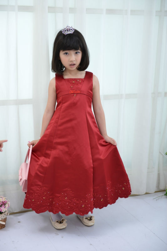 2013 fashion embroidery long dress wholesale kids apparel