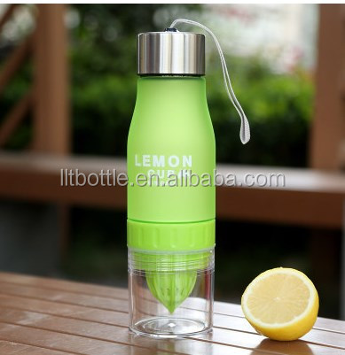 Gift Water Bottle plastic Fruit infusion bottle Drink Outdoor Sports bottle