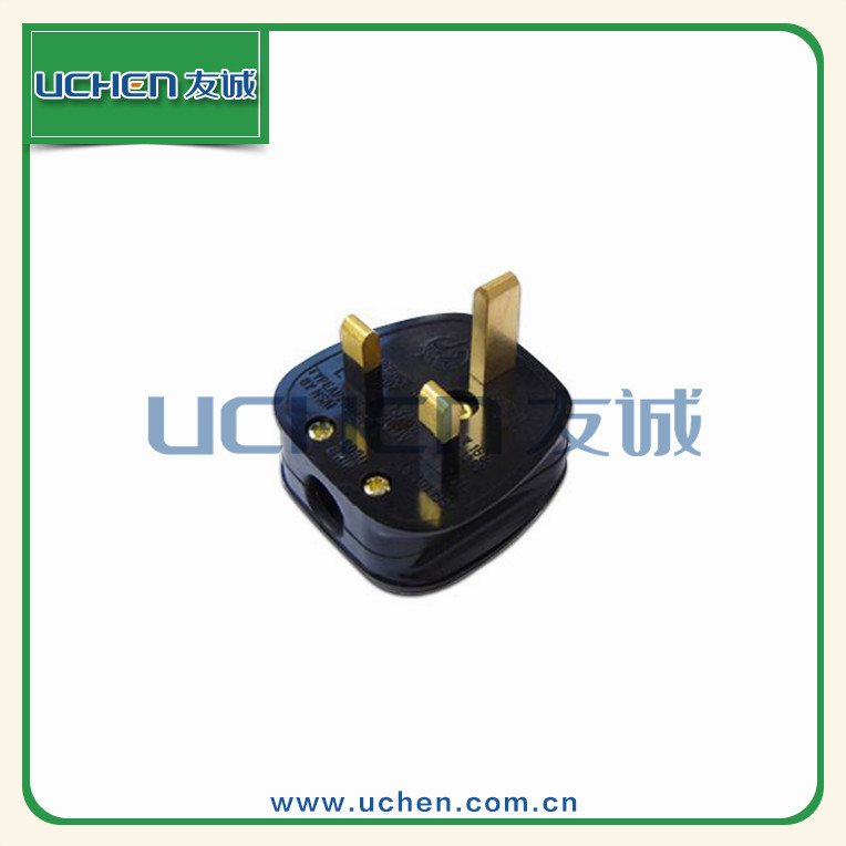 Uchen UL approved 13A 250V 3 pin electrical outlets for industry
