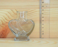 High quality 60ml Heart shape small candy bottle clear glass bottle with easy open cap large quantity in stock