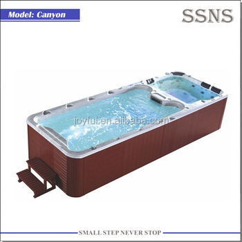 5.82m long outdoor large swim spa Canyon