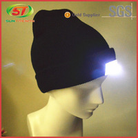 Hot Sale Custom Design Cordless Winter Knitted Beanie With Led