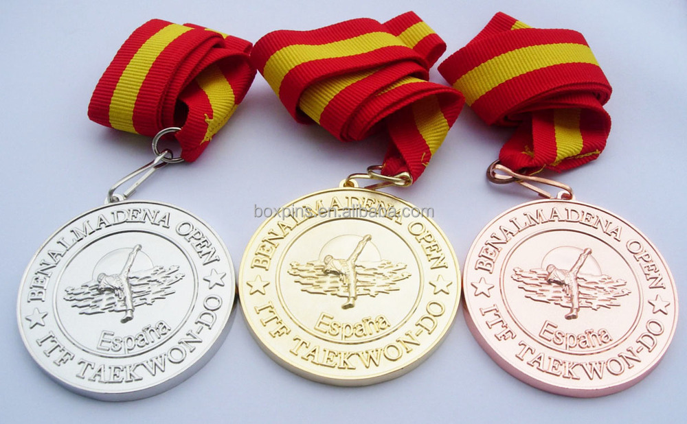 High quality silver/gold metal souvenir taekwondo medal sports