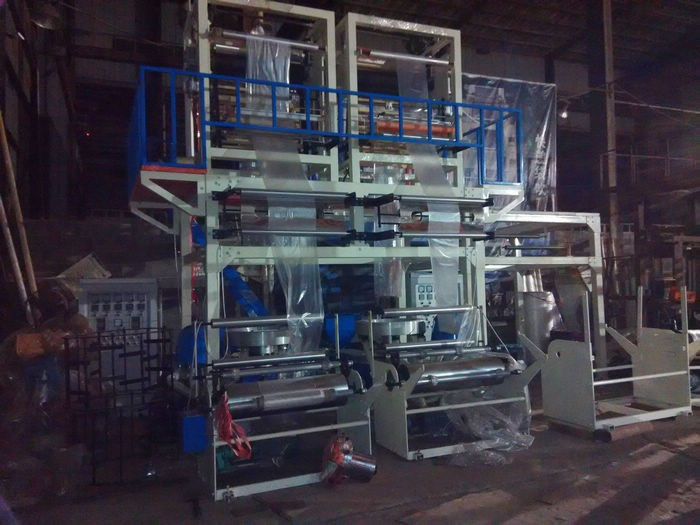 Two head PE plastic film blowing machine