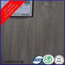 Light Oak Hand Scratched Laminated Flooring 12mm