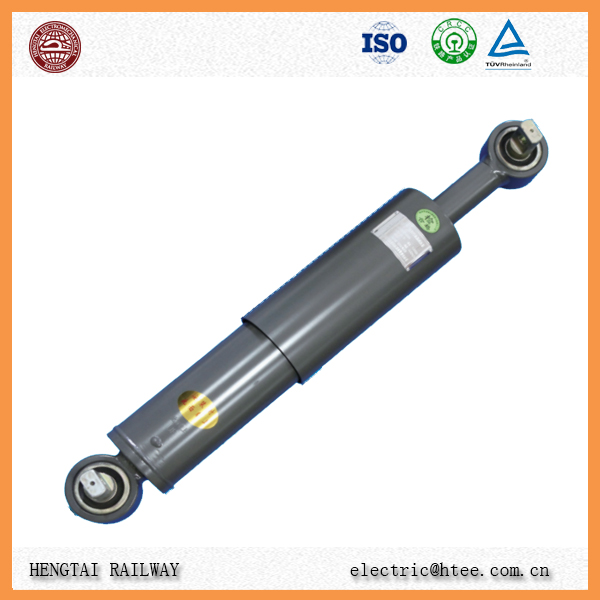 Yaw oil damper for passenger locomotive